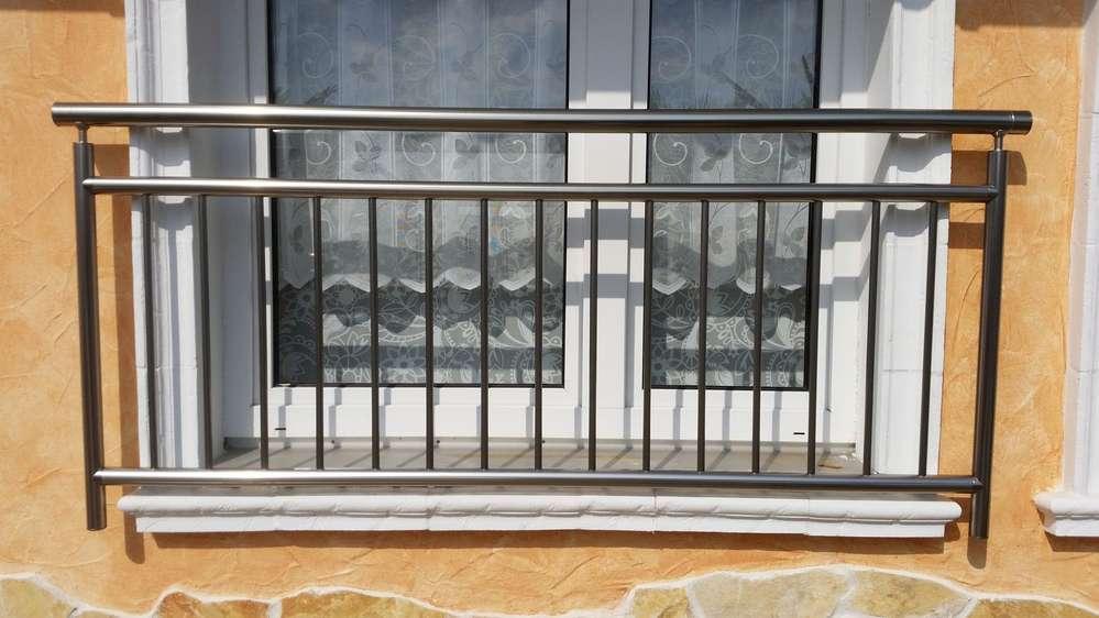 Französischer Balkon, Länge 3044mm - Mediterrane Steinwelt